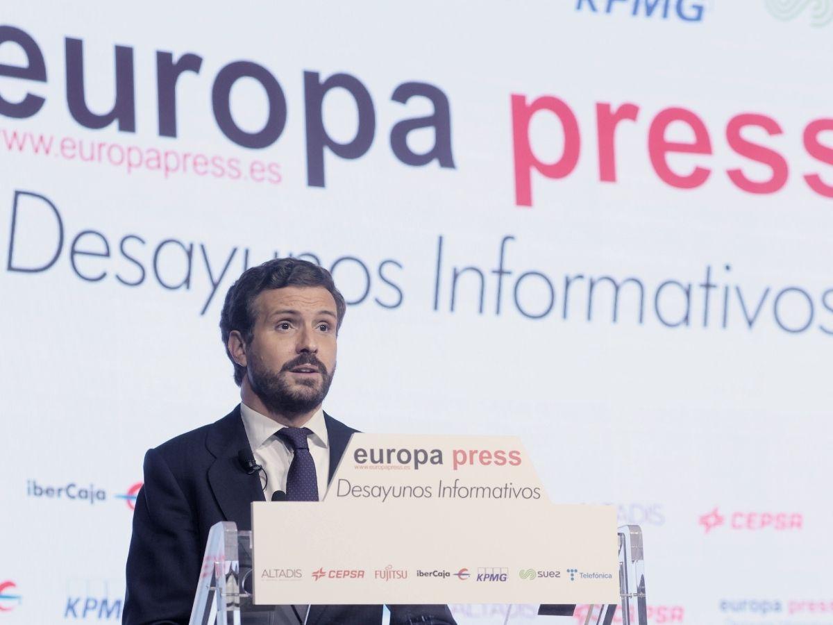 El presidente del Partido Popular, Pablo Casado, interviene en un Desayuno Informativo de Europa Press