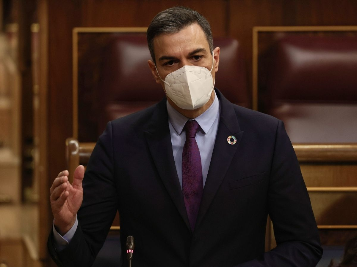 El presidente del Gobierno, Pedro Sánchez, interviene en una sesión de control al Gobierno